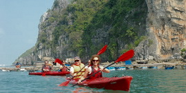 Kayak on Halong Bay - Vietnamtravelblog