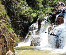 Canyoning tour in Da lat - Da lat adventure tour